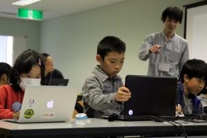 使ったことのあるプログラム言語は?10歳の女の子「Python」